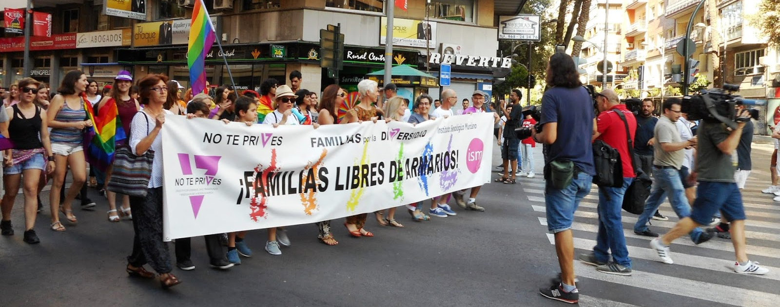Grupo de familias LGTB de No Te Prives